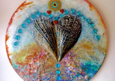 rita-schwab-gratitude-mandala-24-diameter-shell-inlay-with-cherokee-emblom-750